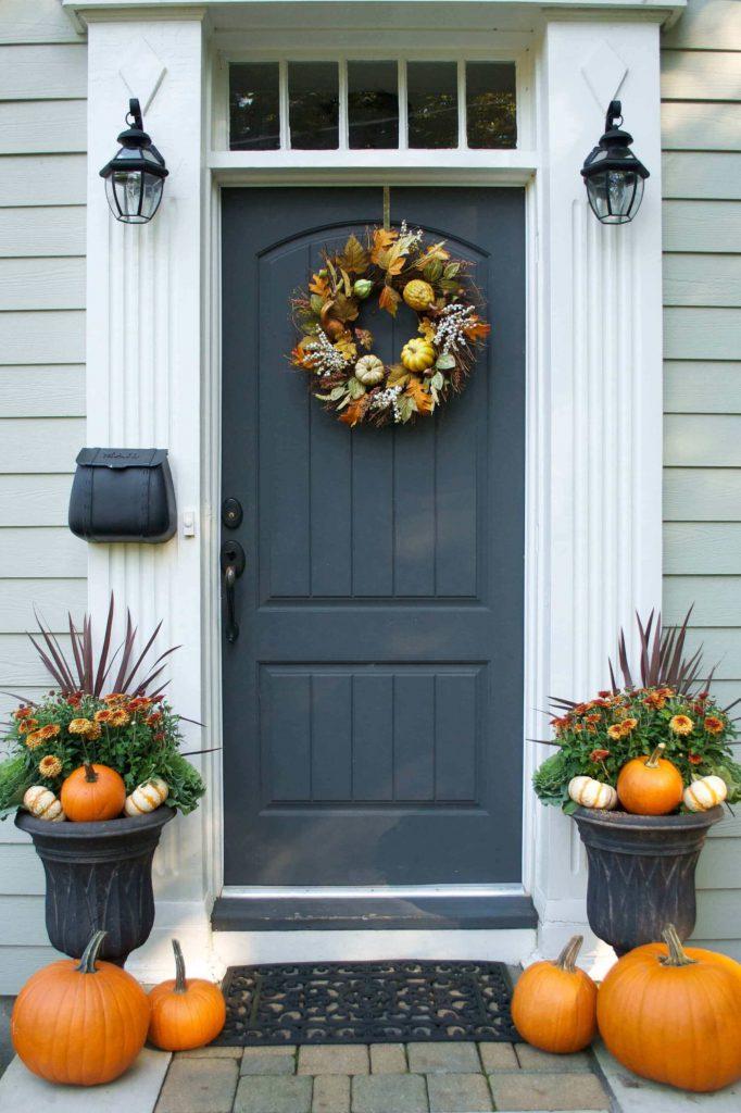 entryway decor for autumn