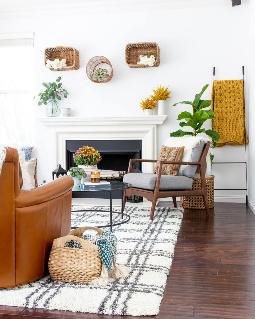 living room decor for autumn
